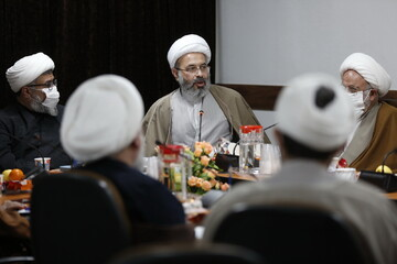 تصاویر/ پیش نشست بیست و دومین اجلاسیه اساتید حوزه با حضور معاونین تهذیب