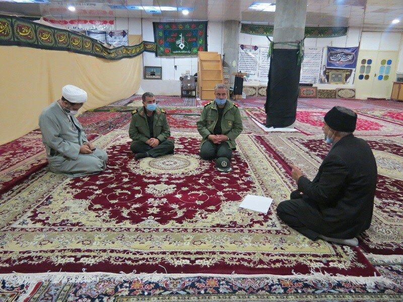 تصاویر/ دیدار فرمانده سپاه بیت المقدس کردستان با روحانیون، بسیجیان و خانواده های شهدای قروه