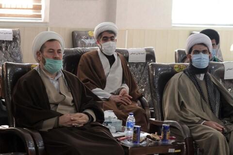تصاویر / جلسه هم اندیشی سرگروهان حلقات صالحین استان همدان
