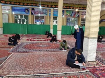 تصویر/ امتحانات پایان ترم طلاب مدارس علمیه استان کردستان