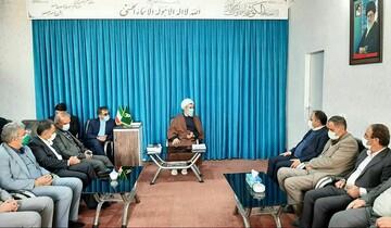 معاون وزیر آموزش و پرورش با امام جمعه بویین زهرا دیدار کرد