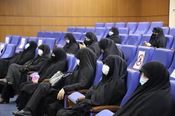 طلاب خواهر می توانند در تقویت بعد فرهنگی کشور تاثیرگذار باشند