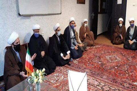 مدیر حوزه علمیه کرمانشاه در جلسه مدرسه علمیه مطلع الفجر گیلانغرب