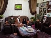 روحانیون جهادی به دیدار دو خانواده شهید مدافع حرم رفت