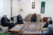 بالصور/ تكريم أمهات الشهداء من قبل ممثل الولي الفقيه في محافظة همدان غربي إيران