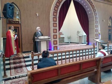 Assyrian Christians celebrate anniversary of Imam Khomeini's entrance to Iran