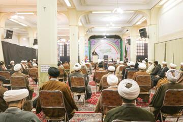 تصاویر/ ویژه برنامه ولادت حضرت زهرا (س) و دهه فجر در مدرسه علمیه صدر بازار اصفهان