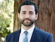 مجله دانشکده حقوق در هاروارد اولین رئیس مسلمان را انتخاب میکند