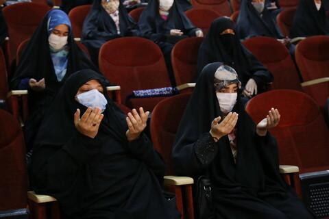 تجلیل از طلاب جهادی فعال در بیمارستانها و آرامستانهای استان قم در ایام شیوع ویروس کرونا
