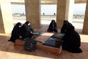 تصاویر/ غبار روبی مزار شهدای گمنام توسط طلاب خواهر خوی