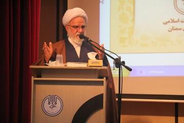 امام خامنهای کشتی انقلاب را در طوفانهای سهمگین به خوبی هدایت کردند