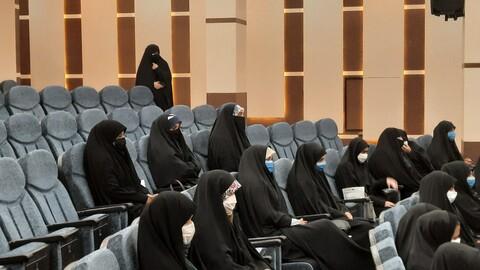تصاویر/ نشست میثاق با امام زمان(عج) و تجلیل از فارغ التحصیلان حوزه خواهران سمنان