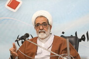 عزت ایران با التماس ذلیلانه در برابر امریکا و اروپا محقق نمی شود/ برخی مغز و فکرشان وابسته است