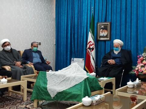 تصاویر/ دیدار فرماندار، خانواده شهدا و جمعی ازپیشکسوتان دفاع مقدس کاشان با آیت الله سلیمانی