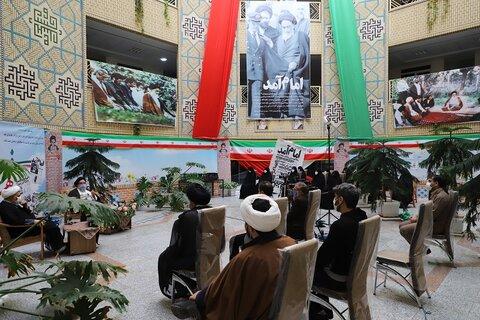 تصاویر/ نشست «از انقلاب اسلامی تا انقلاب جهانی موعود» در حوزه علمیه خواهران