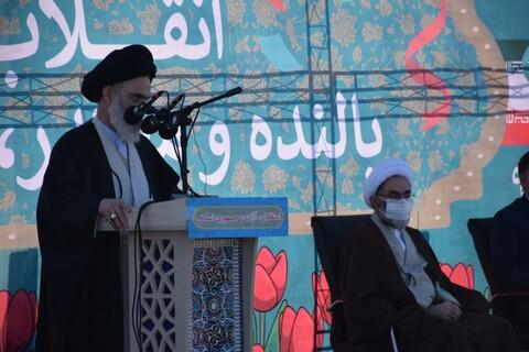 تصاویر/ راهپیمایی خودرویی 22 بهمن گیلان با حضور رئیس جامعه مدرسین حوزه علمیه قم