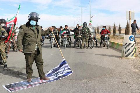 راهپیمایی خودرویی ۲۲ بهمن در شهرستان ابرکوه