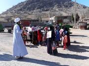 روحانی جهادی جشن انقلاب را به دورترین روستاها برد + عکس و فیلم