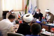 تصاویر/ نشست جمعی از فعالان حوزوی فضای مجازی در مرکز رسانه و فضای مجازی حوزههای علمیه