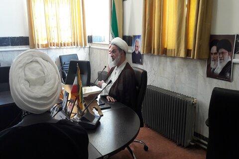 تصاویر/ نشست مبلغین هجرت و مستقر شهر کرمانشاه با استاد قائمی