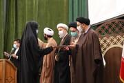 تصاویر/ آیین تجلیل از حافظان و نخبگان موسسه جامعه القرآن و اهل بیت(ع) در تبریز