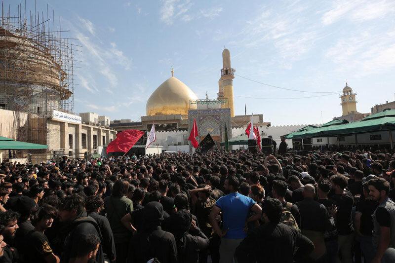 تصاویر/ حال و هوای  حرم امامین عسکریین(ع) در سالروز شهادت امام علی النقی الهادی (علیه السلام)