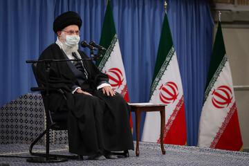 عکس نوشت   بیانات رهبری در ارتباط تصویری با مردم تبریز