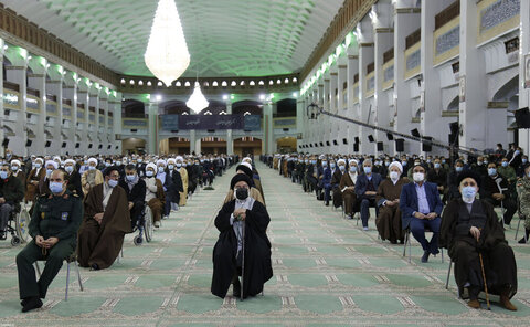 بالصور/ لقاء قائد الثورة الإسلامية المتلفز مع أهالي محافظة أذربيجان الشرقية