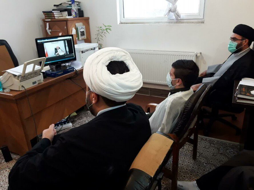 تصاویر/ کلاس مجازی درس اخلاق طلاب مدرسه سفیران هدایت بیجار