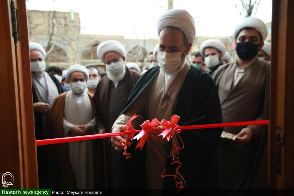 فیلم | افتتاح کتابخانه و نمایشگاه دائمی گفتمان علمی انقلاب در مدرسه علمیه مروی تهران