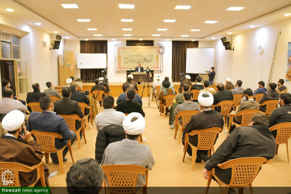 تصاویر/ نشست سیاسی طلاب و روحانیون حوزه علمیه اصفهان