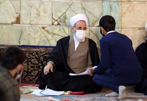 تصاویر/ نشست صمیمی آیت الله اعرافی با طلاب و اساتید