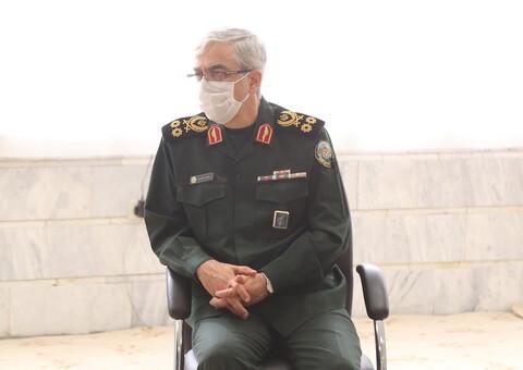 تصاویر / دیدار سردار باقری رئیس ستاد کل نیروهای مسلح با آیت الله العظمی جوادی آملی