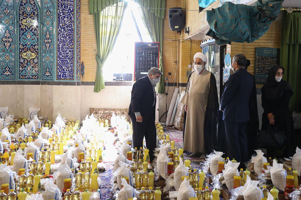 کمکهای مومنانه پاسخ به مردمی است که در حمایت از مساجد پای کار بوده اند