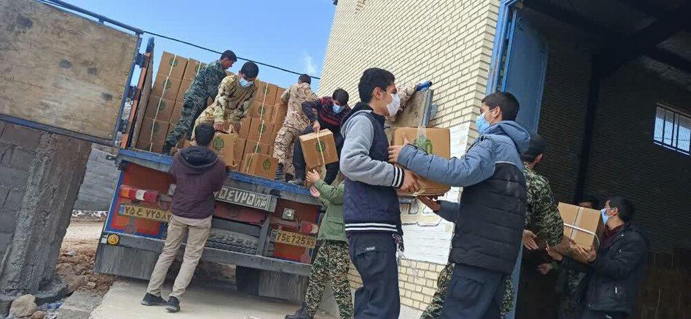 تصاویری از کمک جهادی طلاب و روحانیون به زلزلهزدگان سیسخت