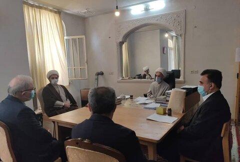 آیت الله العظمی سبحانی در دیدار با وزیر بهداشت تاکید کردند