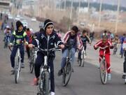 نوجوانان یزدی به نیت شهدا رکاب میزنند + پوستر