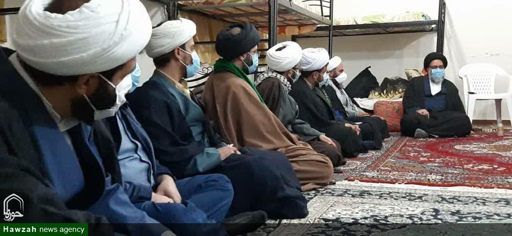 تصاویر / نشست صمیمی نماینده ولی فقیه در کهگیلویه و بویراحمد با طلاب جهادی در سی سخت