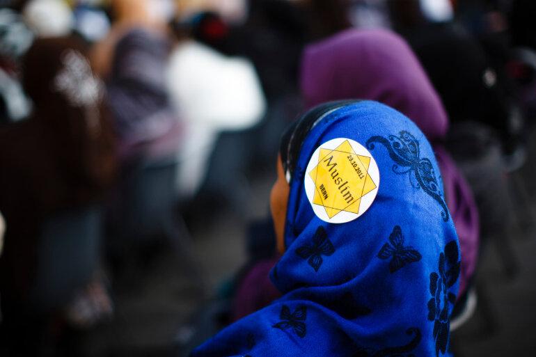 مسلمانان سوئیس همه پرسی «قانون ممنوعیت برقع» را تقبیح کردند