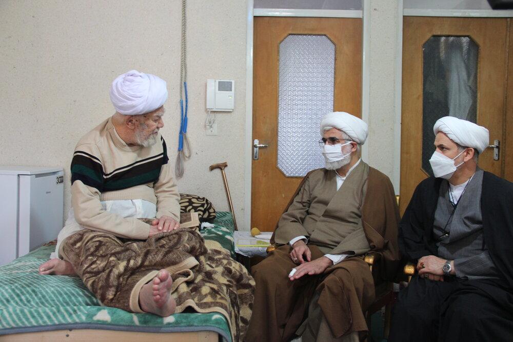 دیدار مدیر حوزه علمیه قزوین  با دو استاد پیشکسوت + عکس