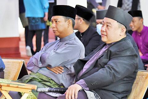 مسابقات مذهبی اجرای تواشیح در برونئی برگزار شد