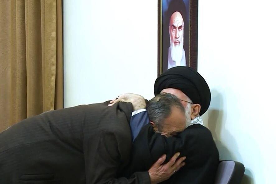 """دیدار صمیمی راوی """"عصرهای کریسکان"""" با رهبر معظم انقلاب"""