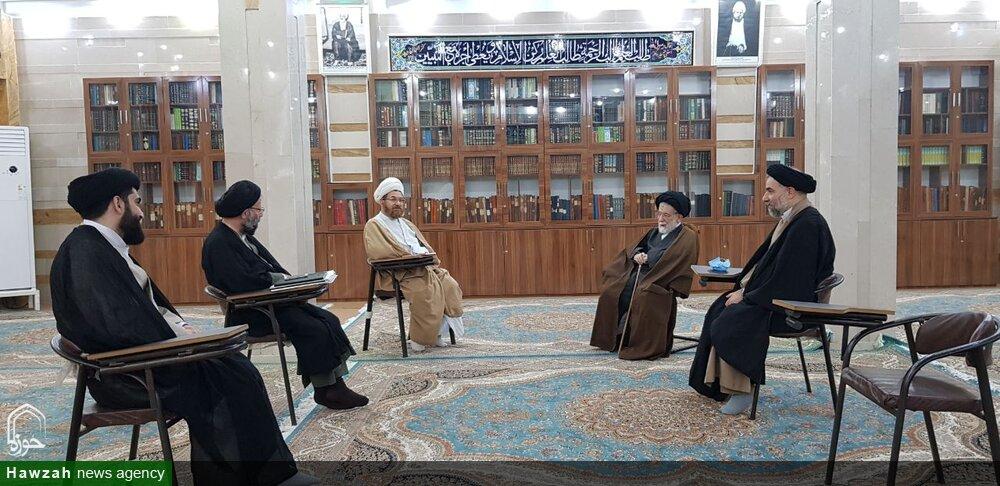 آیت الله شفیعی از مدرسه علمیه و موزه آیت الله انصاری اهواز بازدید کرد
