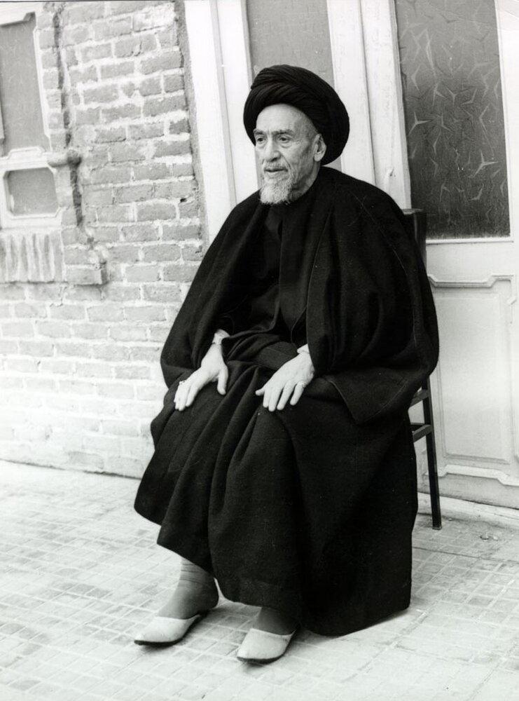 حسنعلی منصور با تأیید شرعی کدام عالم اعدام شد؟