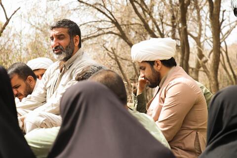 تصاویر/ بازدید حاج حسین یکتا از طلاب جهادی حوزه علمیه اصفهان در منطقه زلزله زده پاتاوه