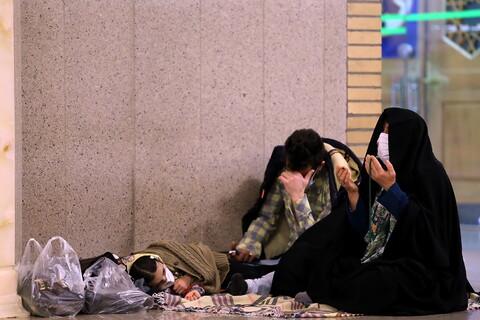 تصاویر مراسم احیای شب نیمه شعبان در حرم حضرت معصومه (س)