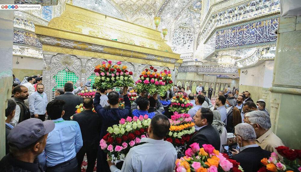 بالصور/ زهور تزين ضريح الامام الحسين(ع) وايقاد شموع بعدد عمر الامام المهدي (عجل فرجه)