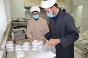 طبخ و توزیع بیش از ۷ هزار پرس غذای نذری در اسفراین