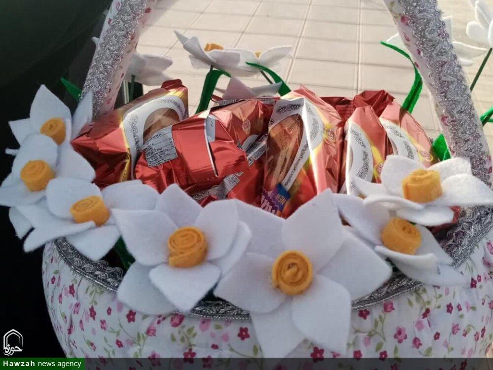 تصاویر/ برگزاری مراسمات خانگی جشن نیمه شعبان توسط طلاب مدرسه حضرت رقیه (س) برازجان