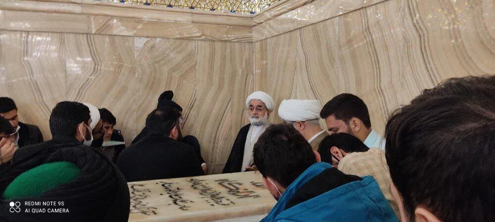 تصاویر / دیدار طلاب جهادی حوزه علمیه قزوین با علمای مشهد مقدس